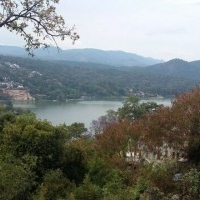 Terreno Carretera Avandaro Vista al lago
