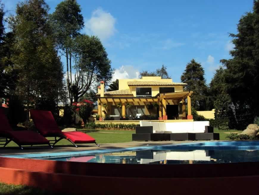 Casas en renta en Valle de Bravo por año